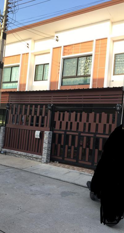 ทาวน์เฮาส์ 2350000 ฉะเชิงเทรา บ้านโพธิ์ แสนภูดาษ